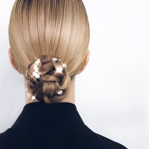 wedding hairstyle with shiny pins