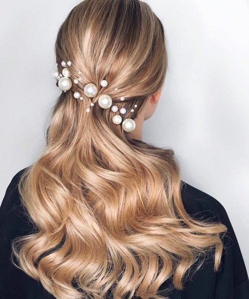 hairstyle with pearls