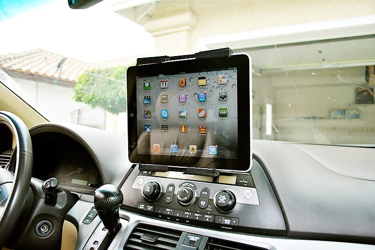 gadgets in the warm car