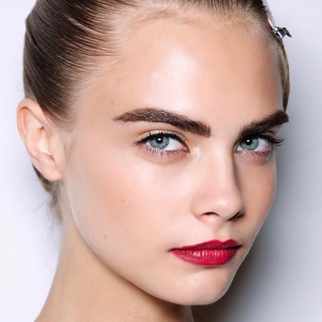 eyebrows color