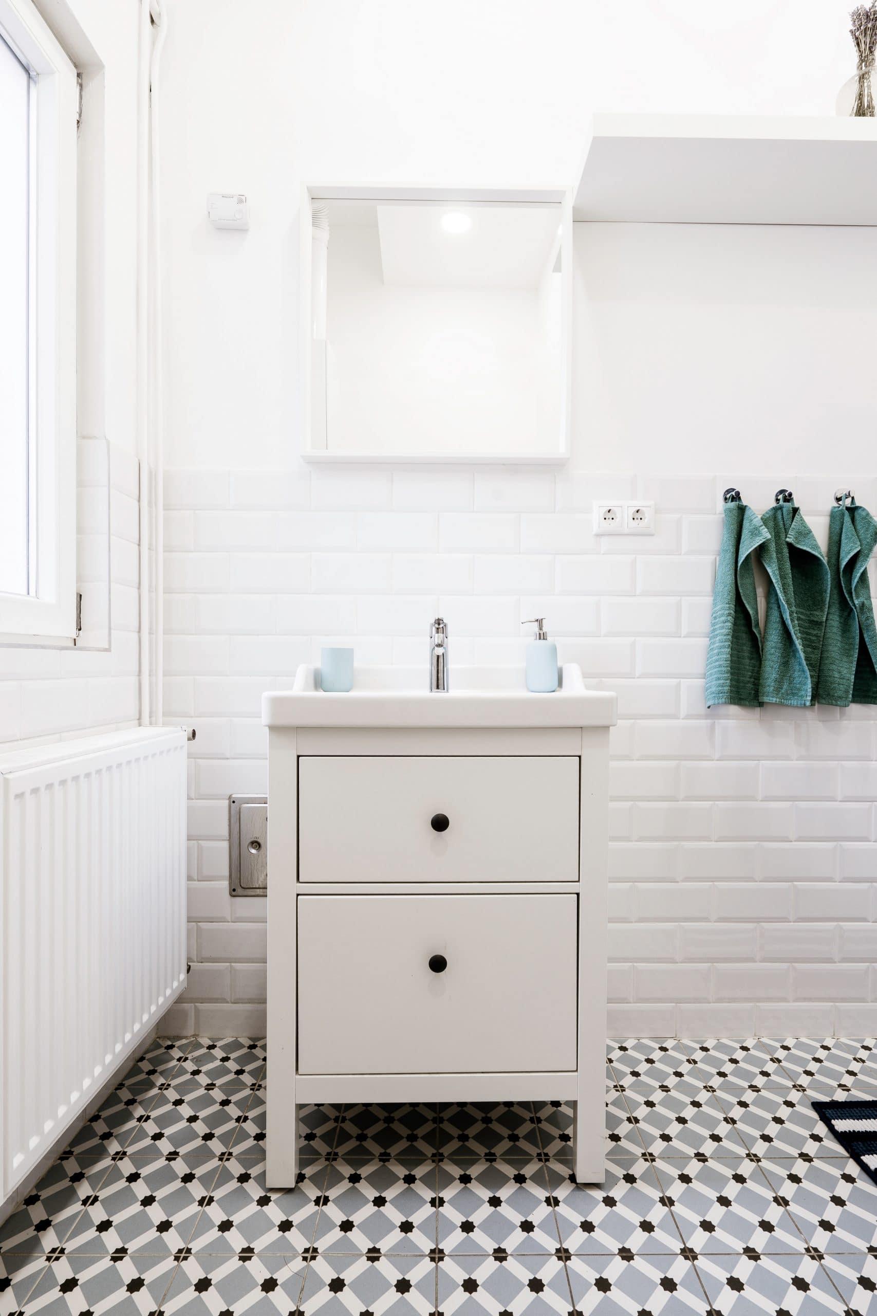 Laundry room decor tips