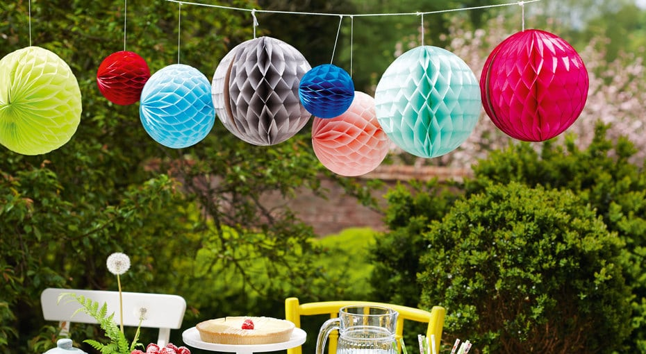 paper decor baloons
