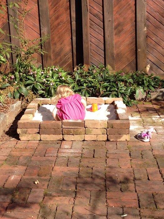 sandbox from bricks decor idea