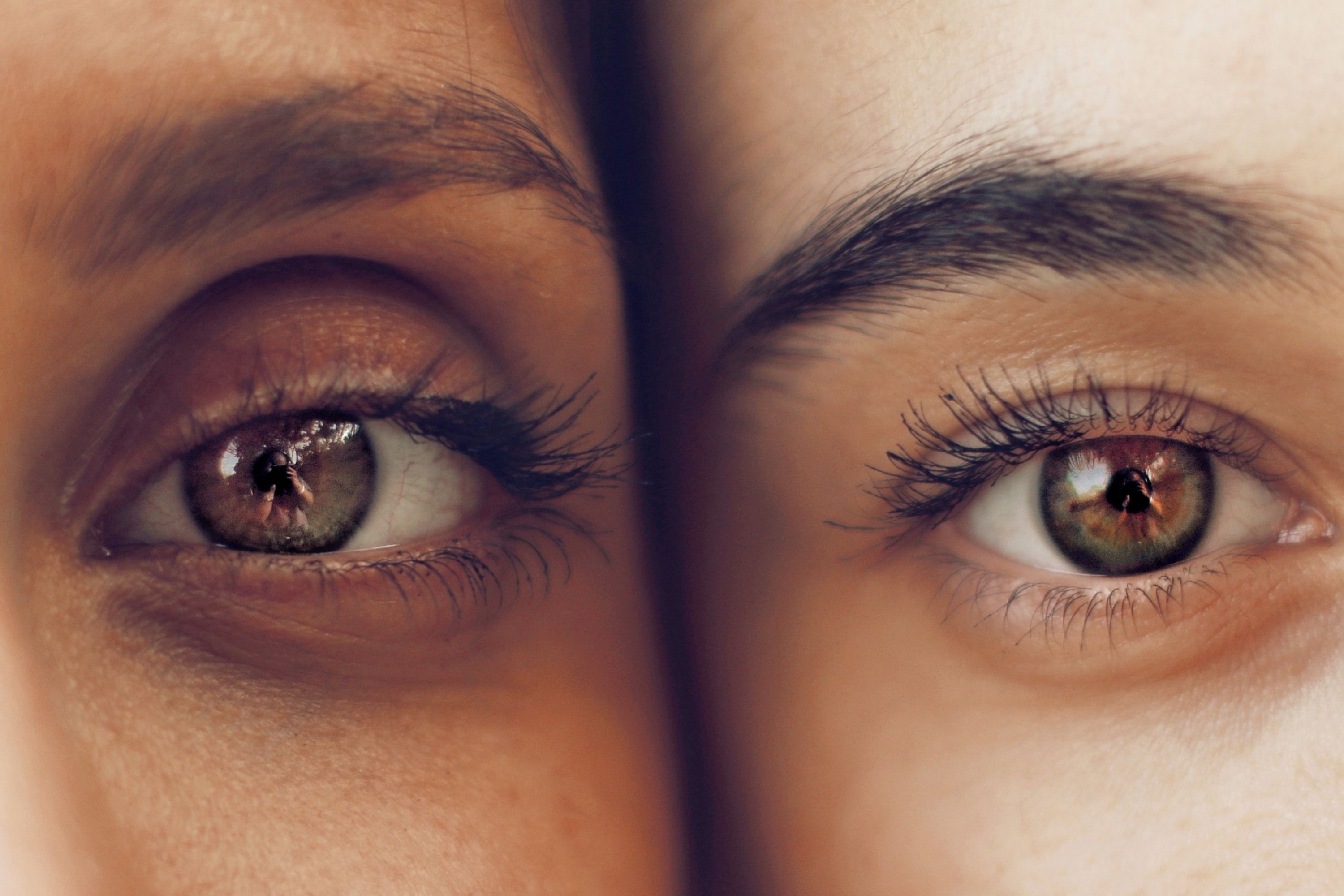 19 Amazing Differences Between Men and Women eyelashes