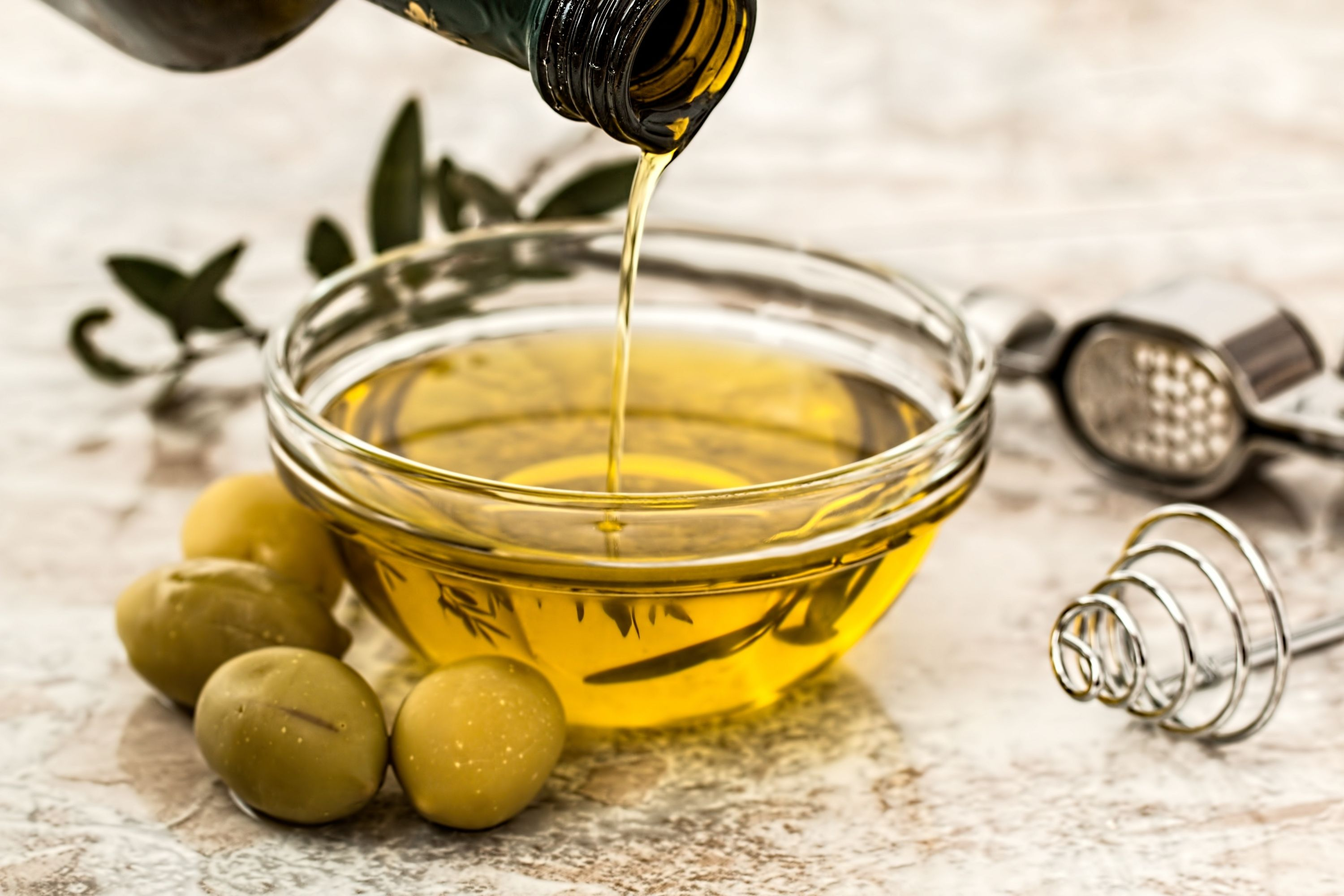 Get a Fat Free Body 8 Foods That Can Burn Fat Faster Than any Diets olive oil