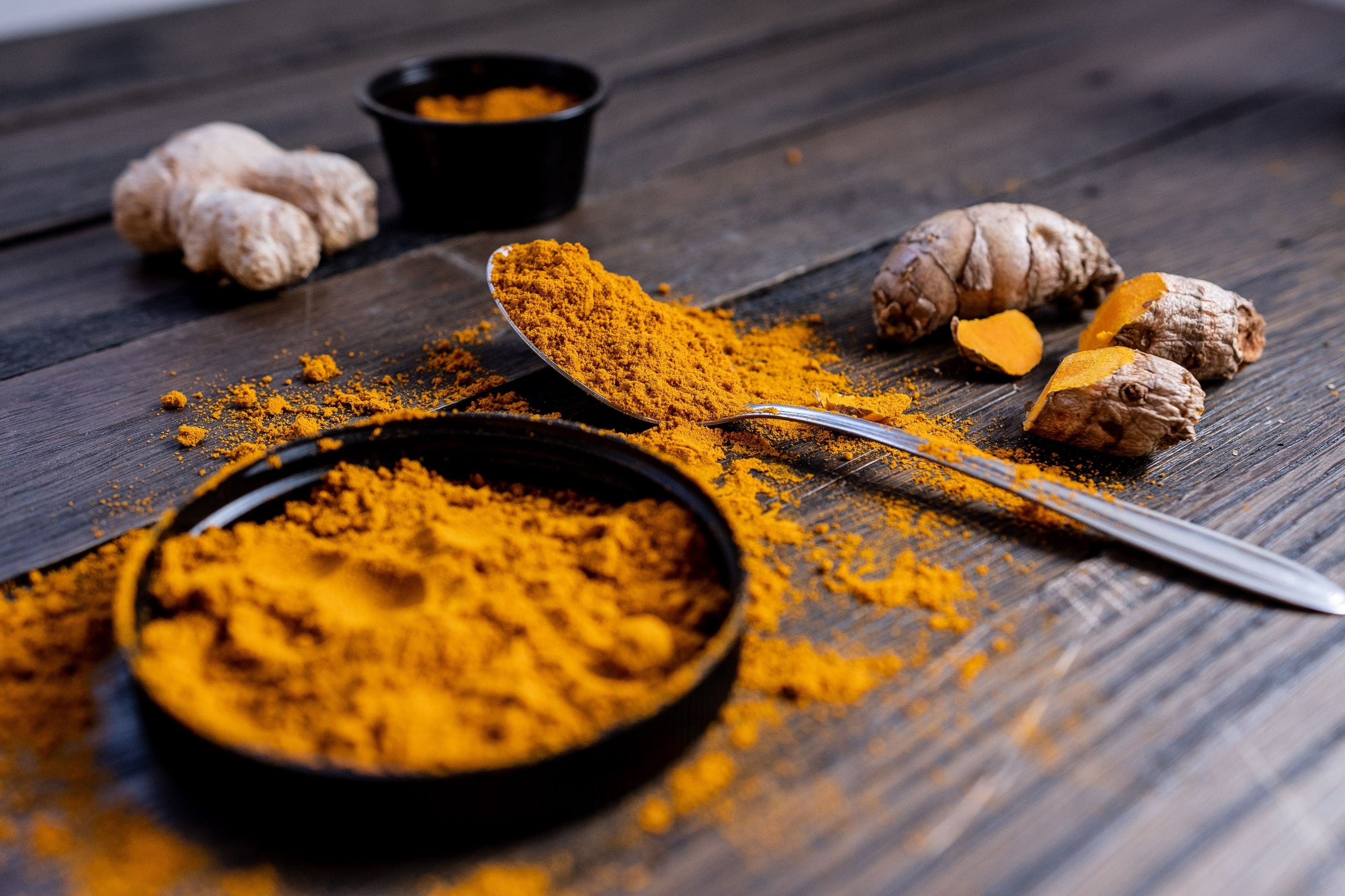 Get a Fat Free Body 8 Foods That Can Burn Fat Faster Than any Diets turmeric