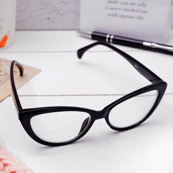 cats eye frames