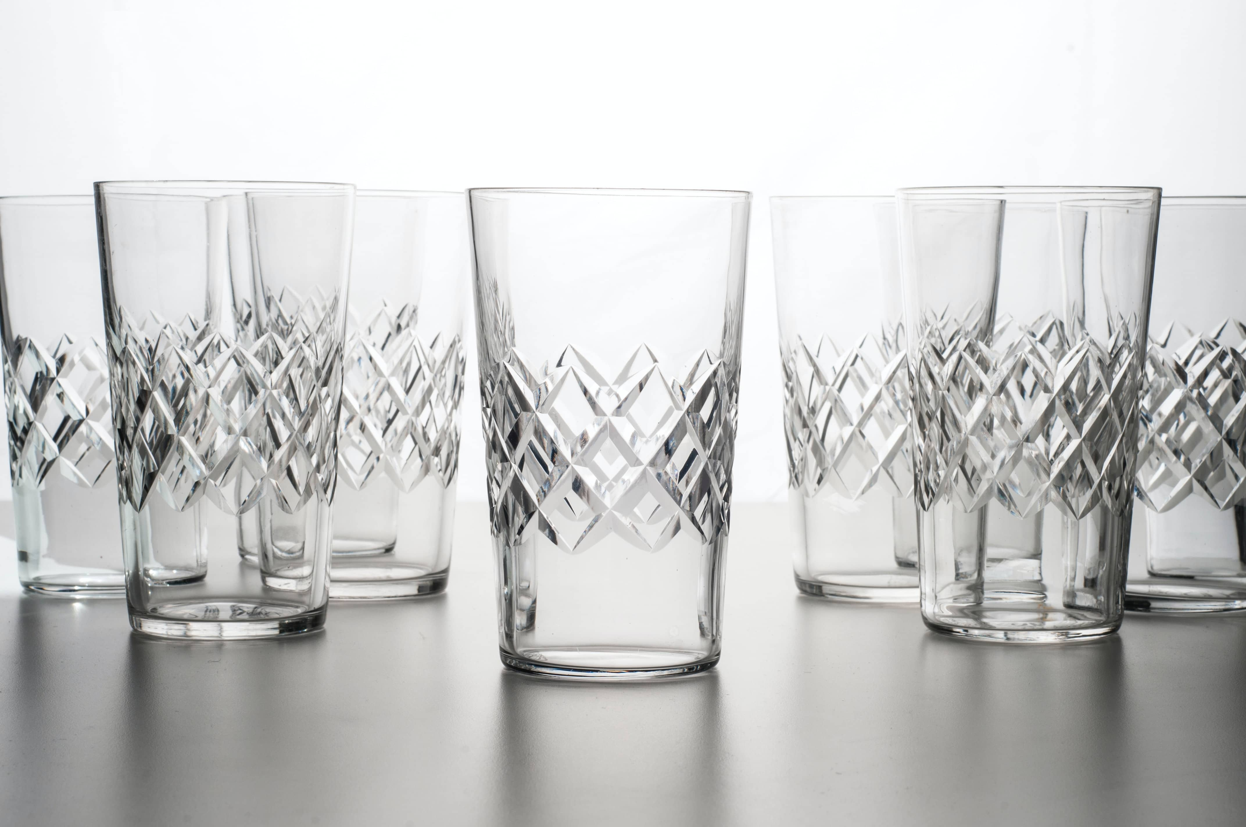 Where should drinking glasses be stored