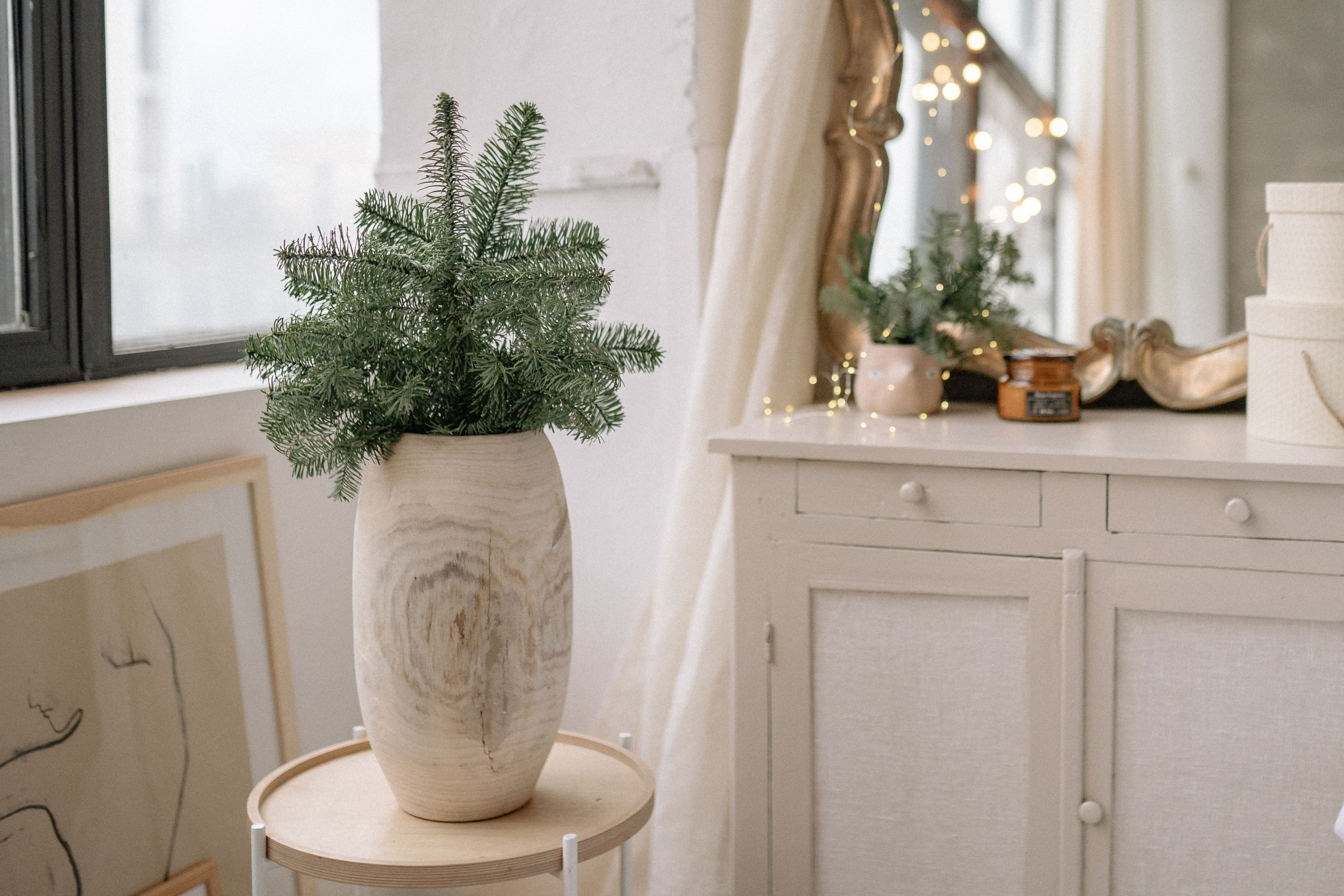 Christmas Gifts Ideas to Surprise Your Family and Friends vase