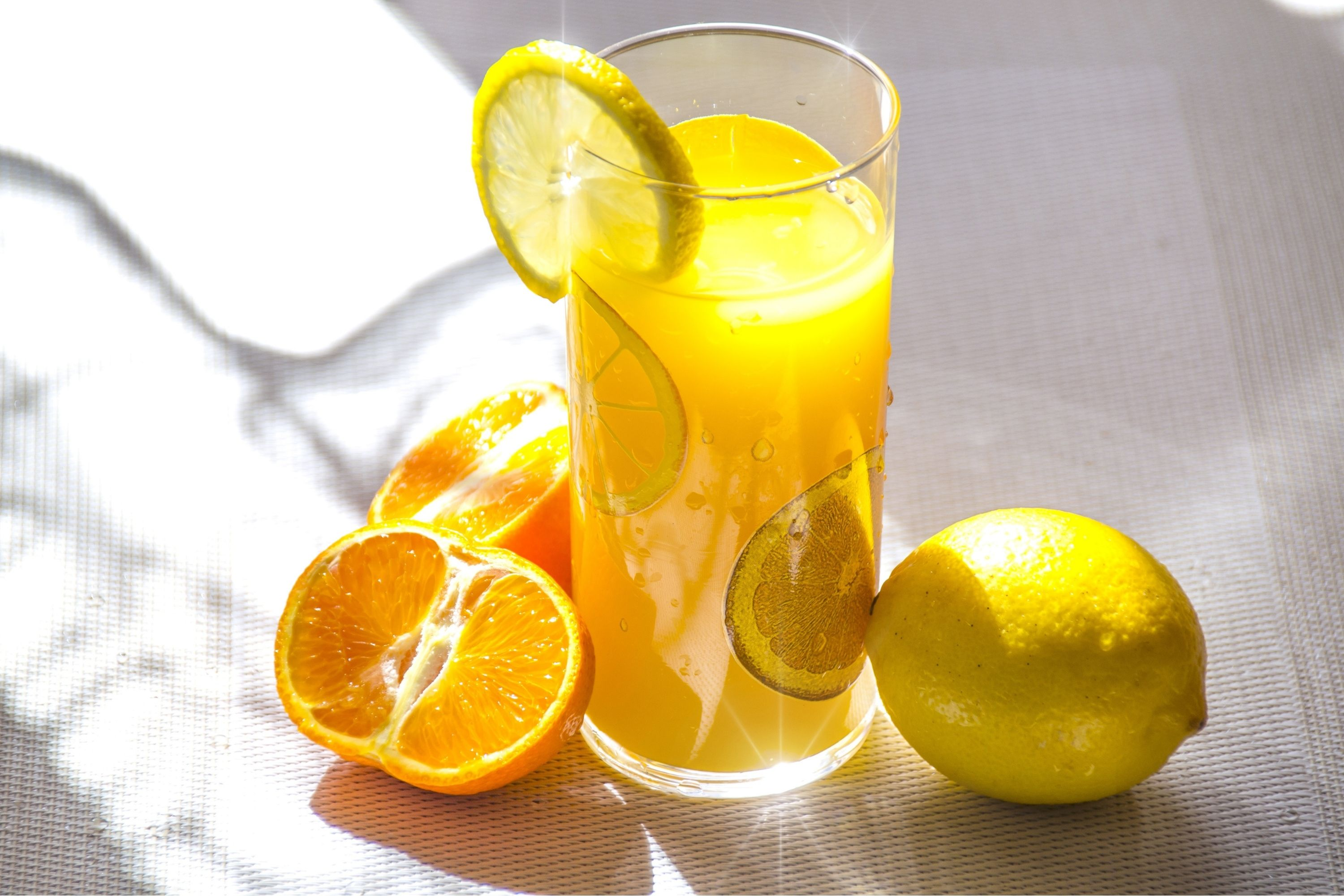 How many ounces of juice is there in a lemon