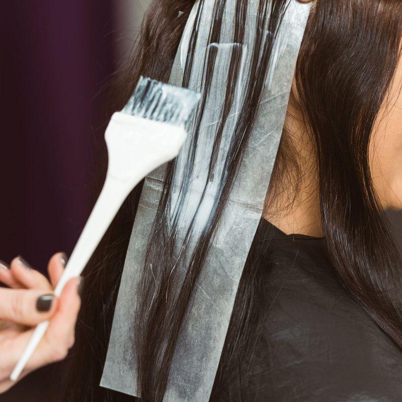can you dye damp hair