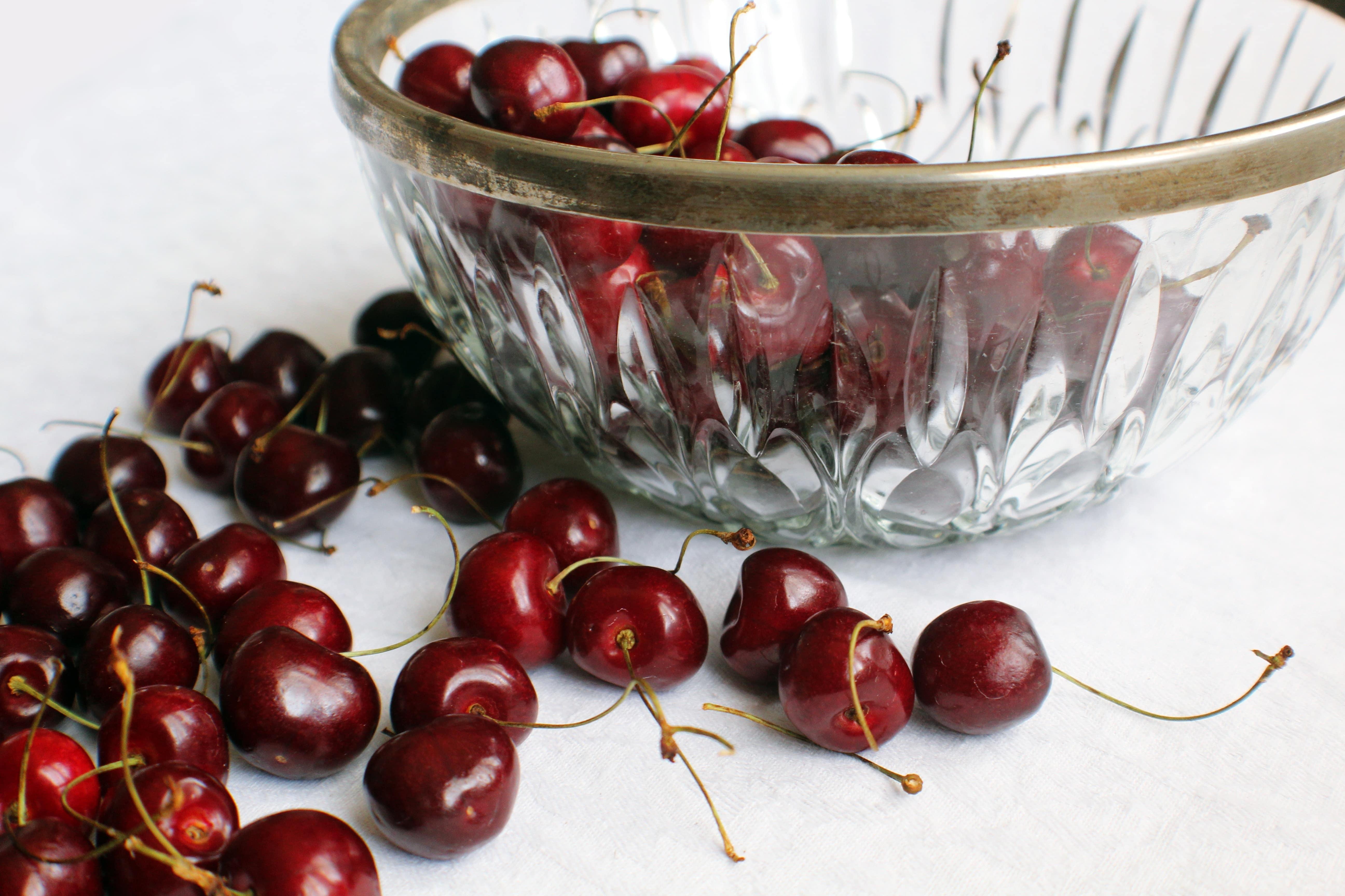refrigerate cherries