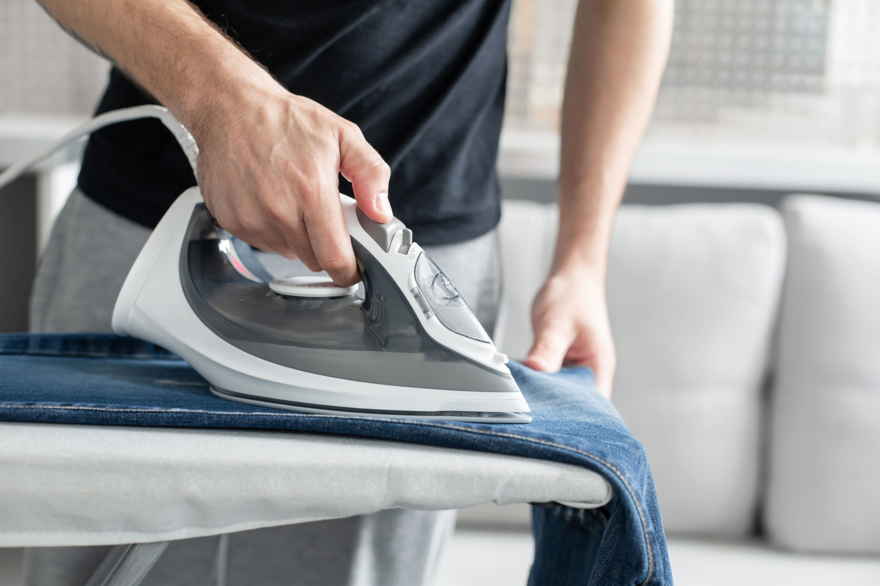 Can You Iron Polyester pants