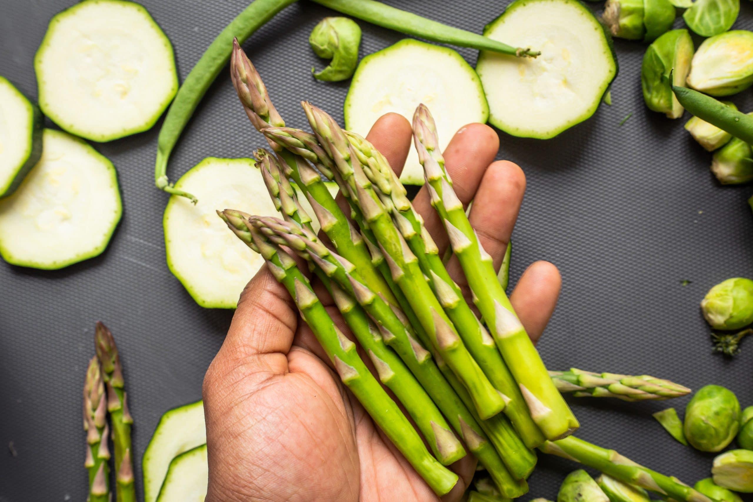 keeping asparagus fresh