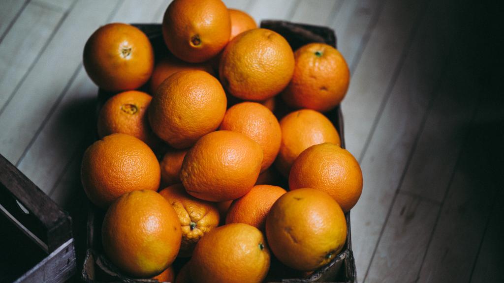 freezing oranges