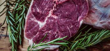 how long can steak stay in the fridge