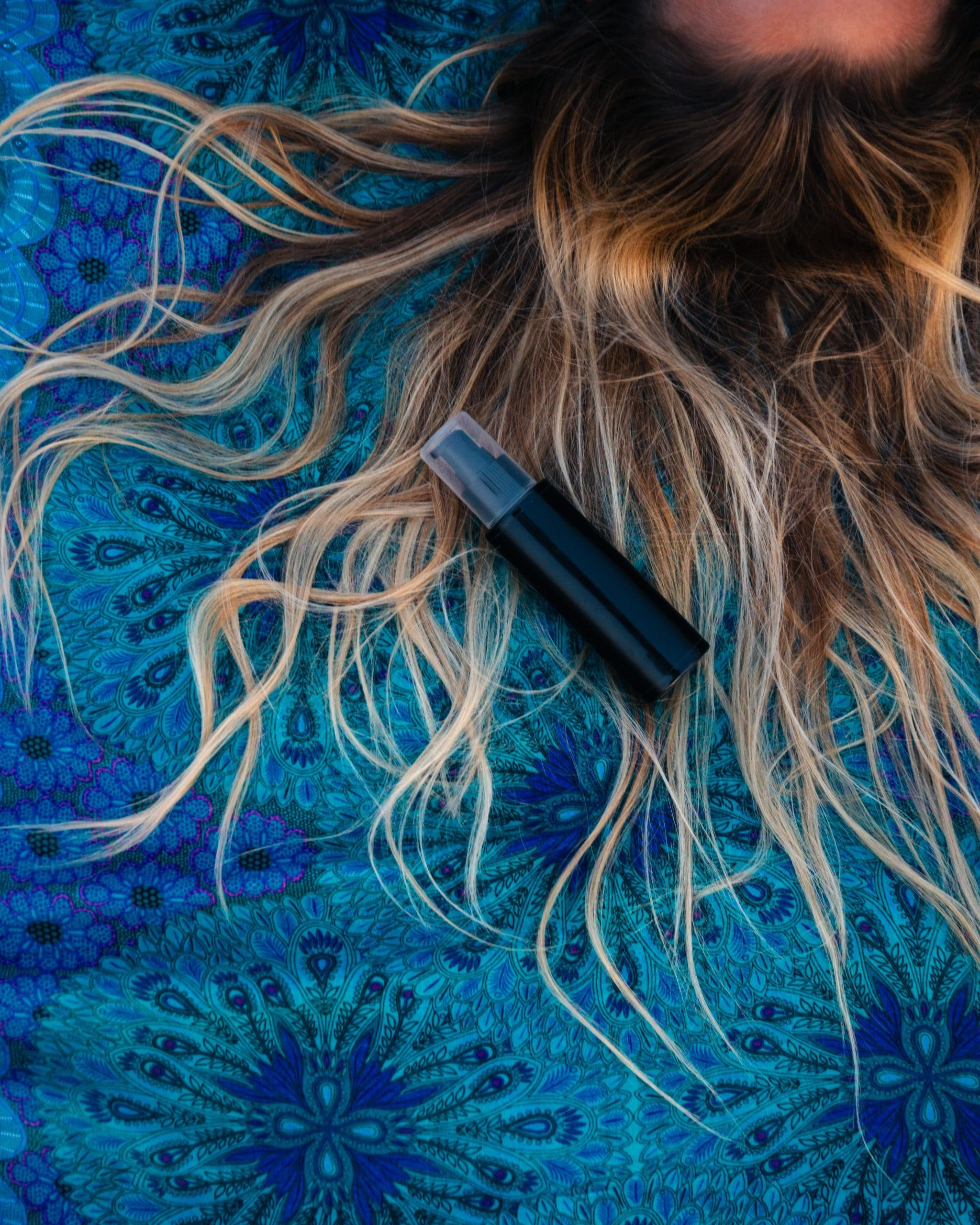 bleach on wet hair