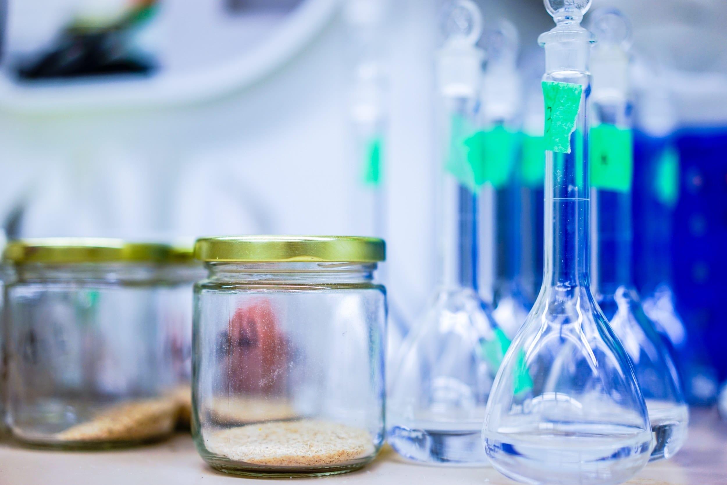 bleaching qualities of hydrogen peroxide