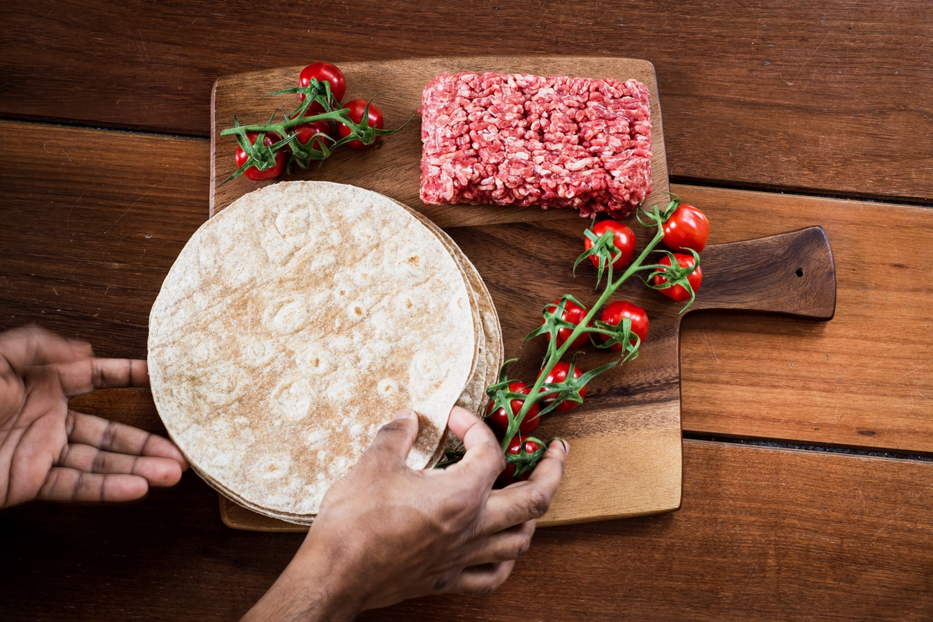 Super Quick And Delicious Ways to Turn Tortillas Into Meals