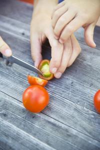 How Long Do Cut Tomatoes Last