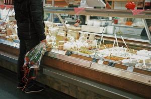 How to Freeze Velveeta Cheese