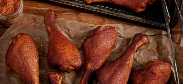 how to heat up smoked turkey legs