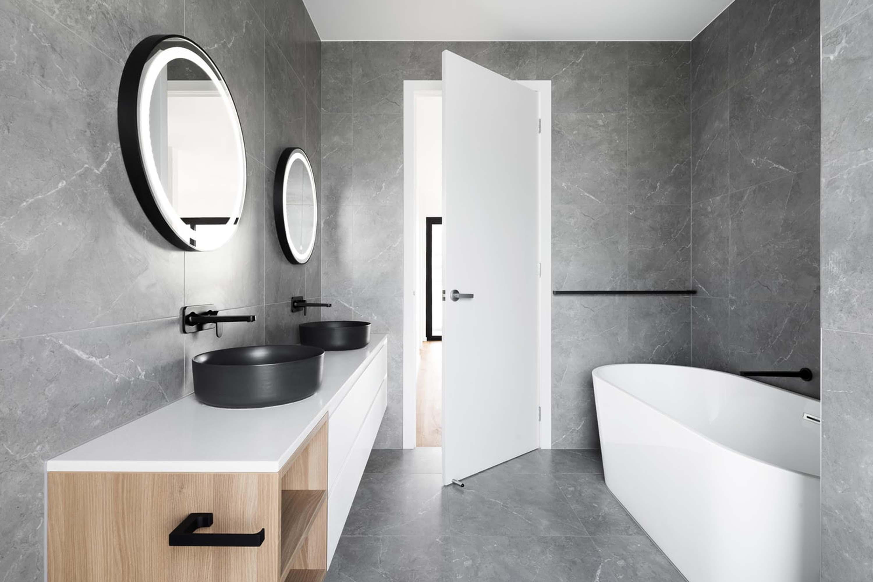 Give Your Bathroom a Second Life. Makeover Ideas That Will Change It Beyond Recognition