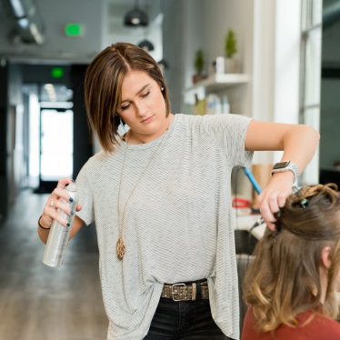 How Much to Tip Hairdresser On $200