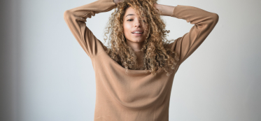 Hair Care Mistakes That Damage Your Curls