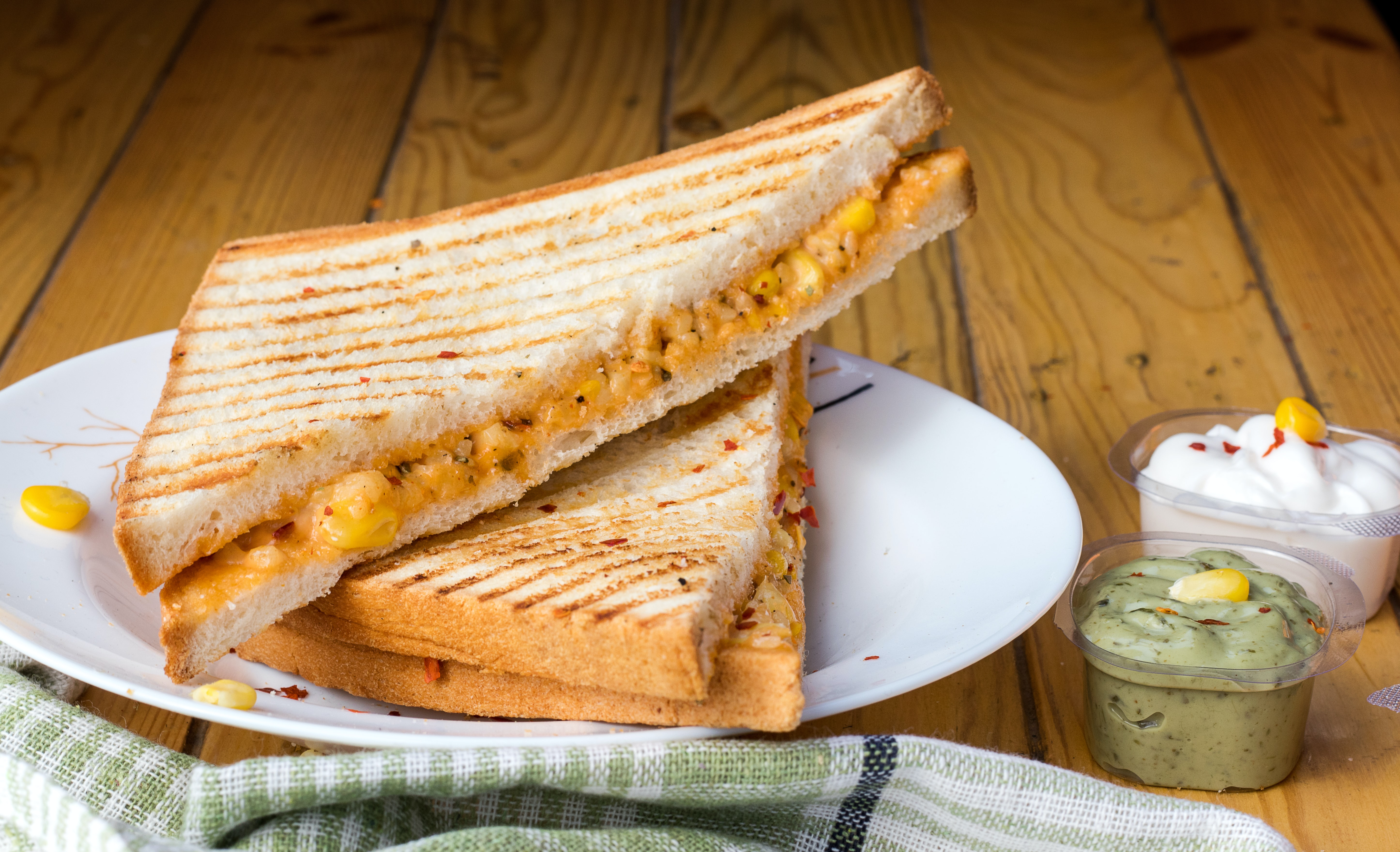 How to Keep Grilled Cheese Warm In Lunch Box