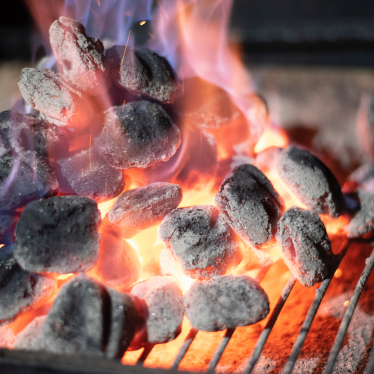 How to Keep a Charcoal Grill Lit