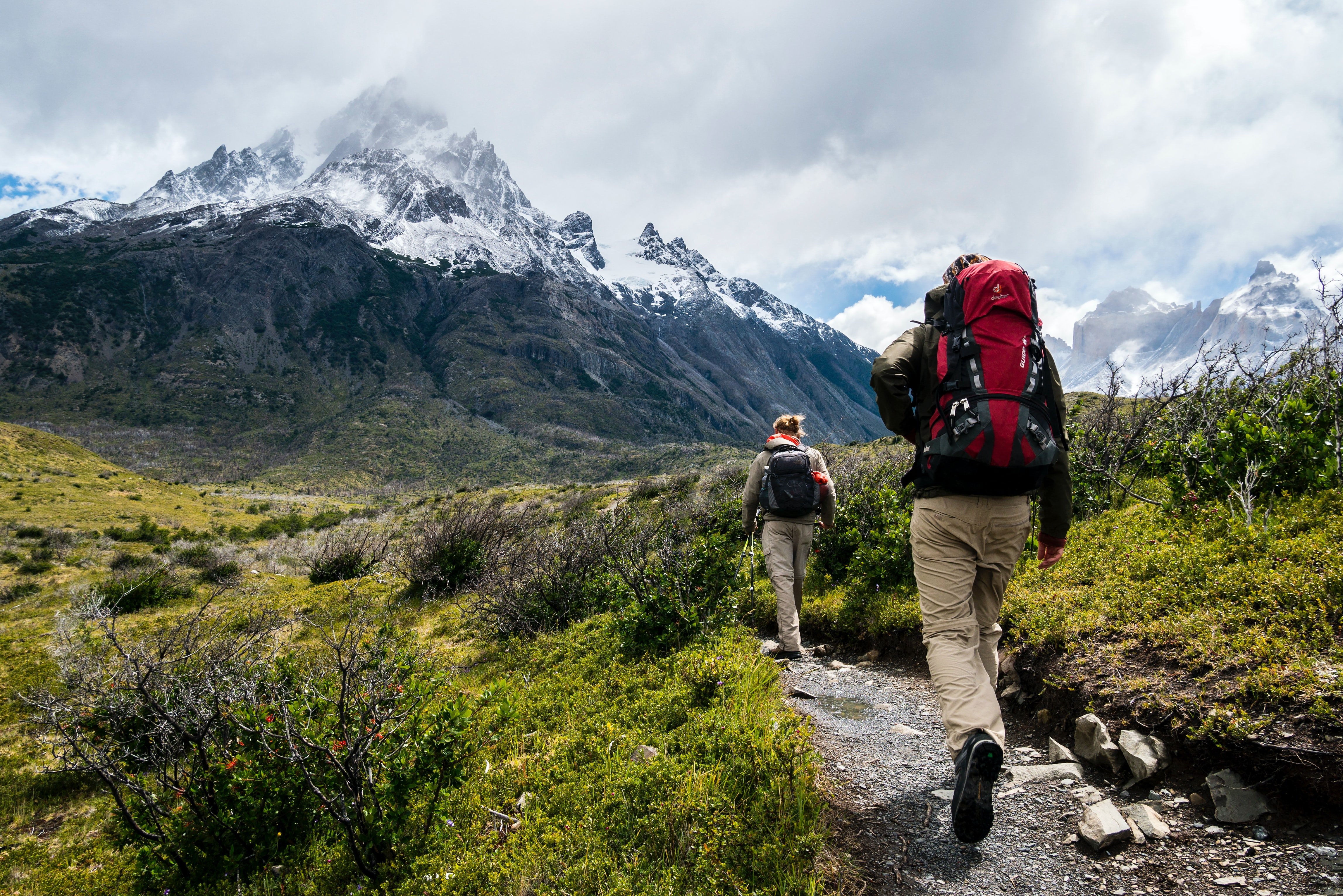 What Clothing to Wear When Hiking In Fall