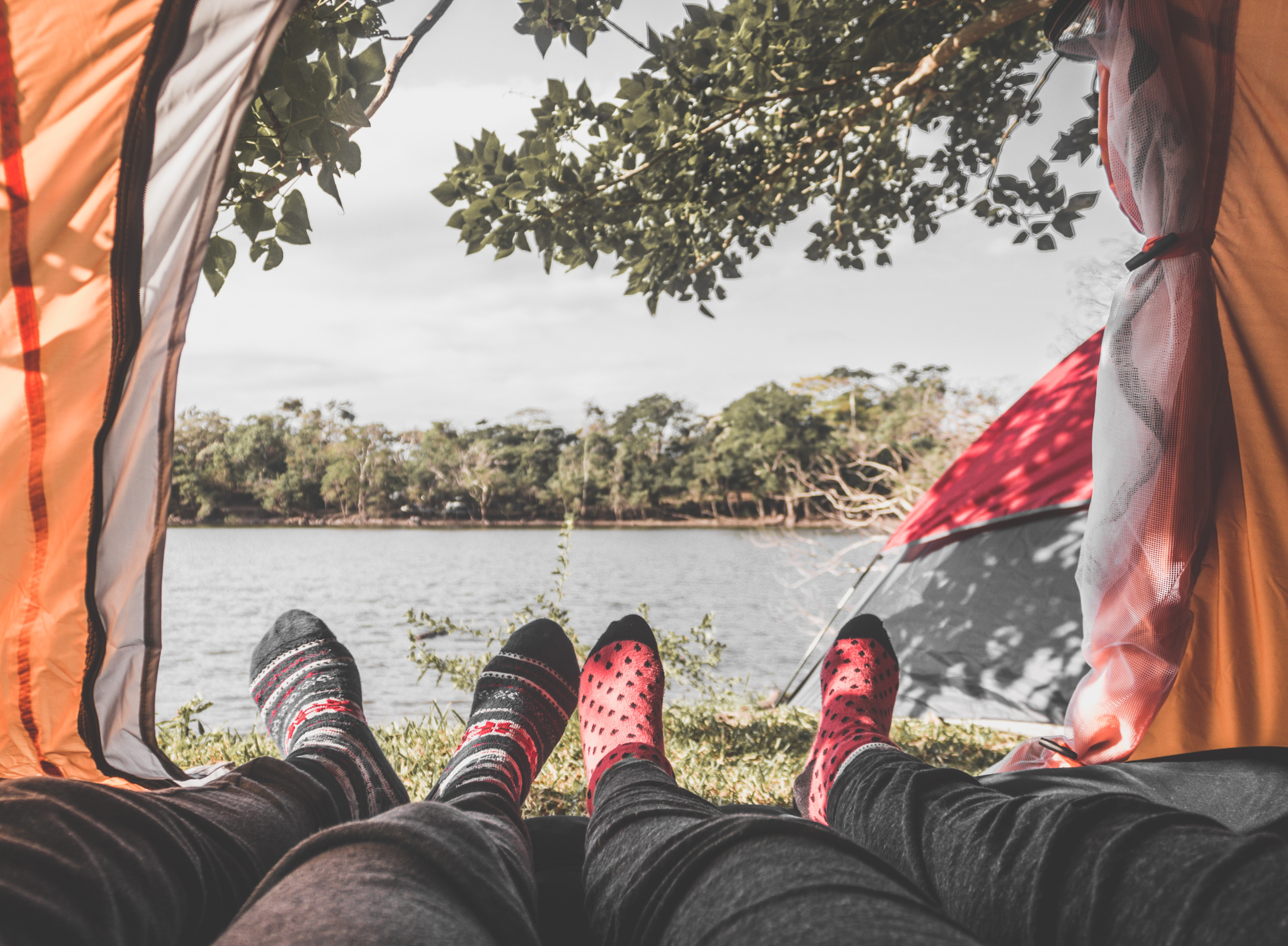What Socks to Wear When Hiking In The Fall