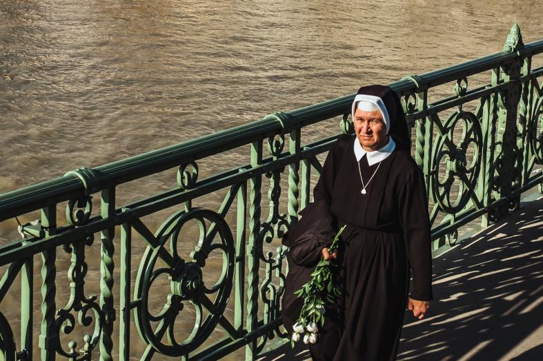 Why Do Nuns Cover Their Heads