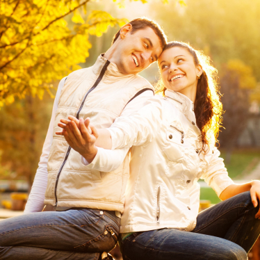 Fall Photoshoot Ideas For Couples