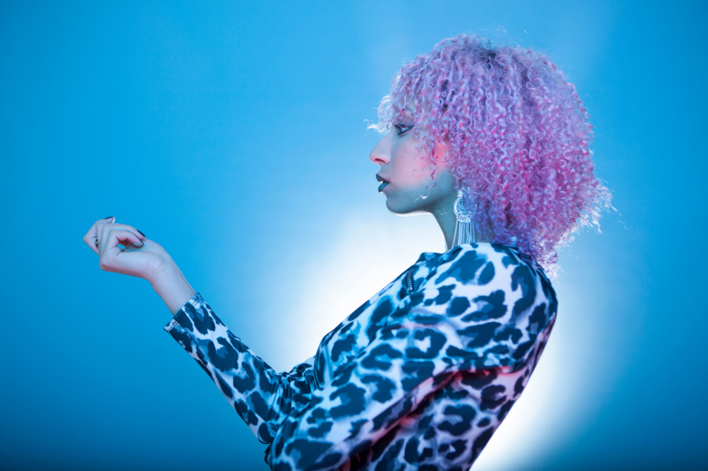 What To Wear With Purple Hair
