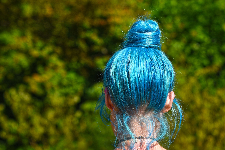Bleaching Blue Hair. Tips
