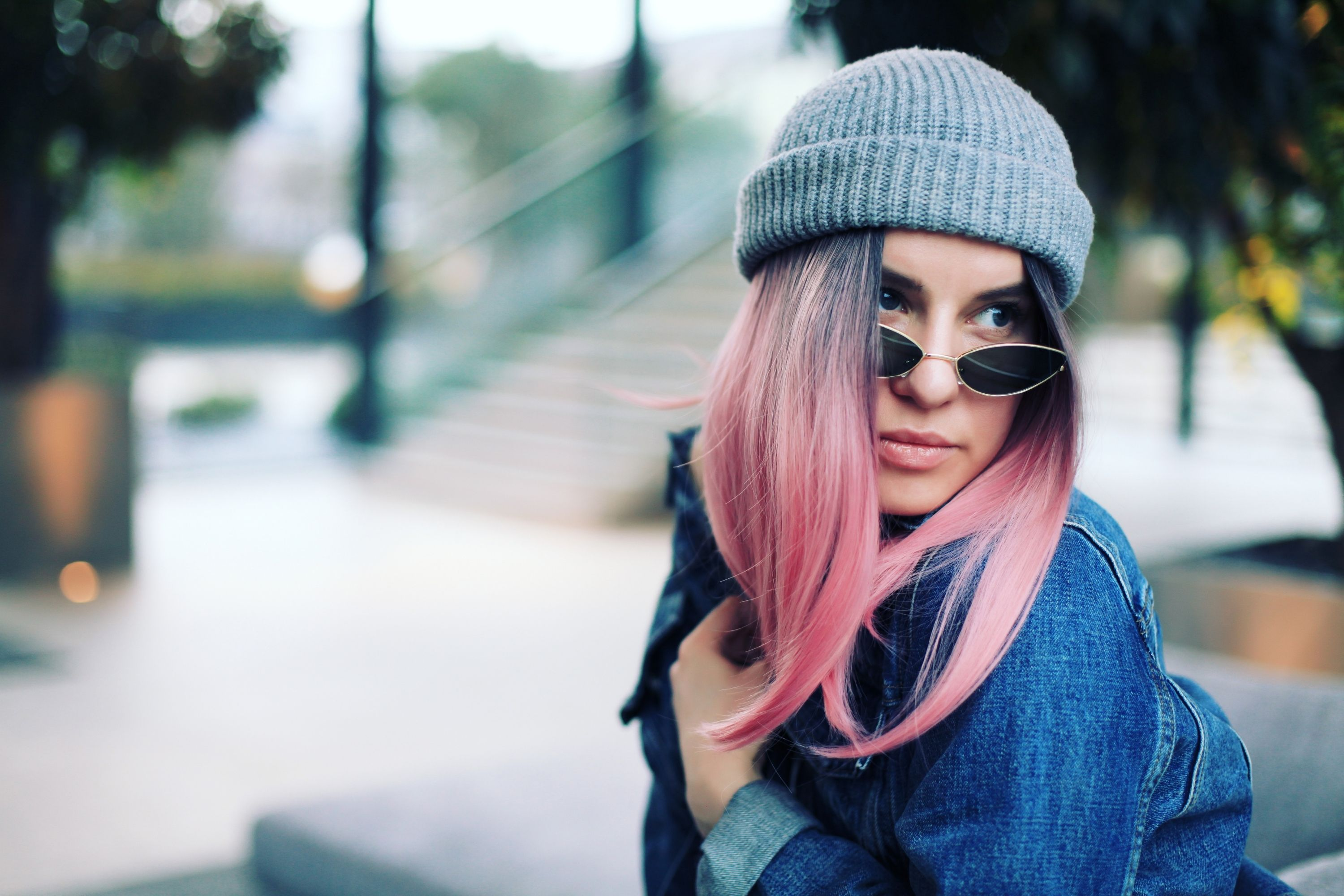 How You Can Get Pink Dye Out Of Your Strands