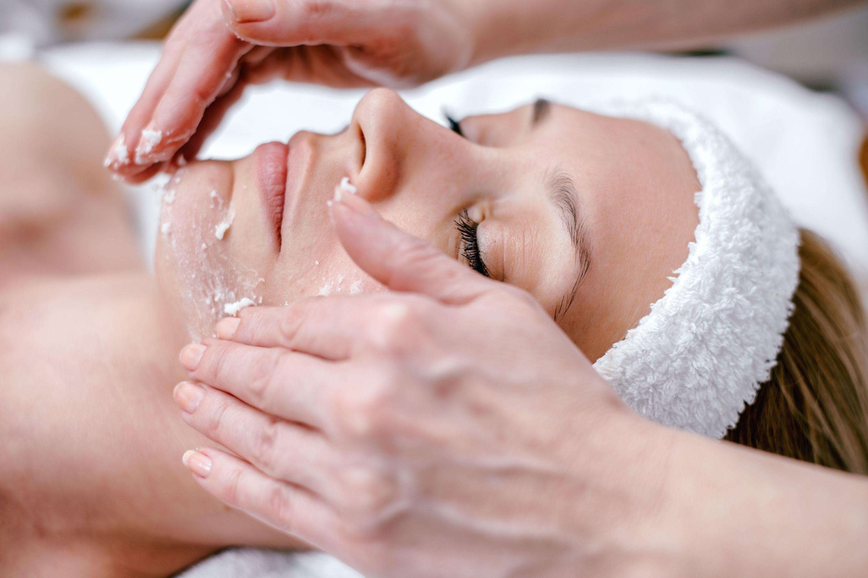 How to Get Rid Of Face Wrinkles Easily Using Exfoliation