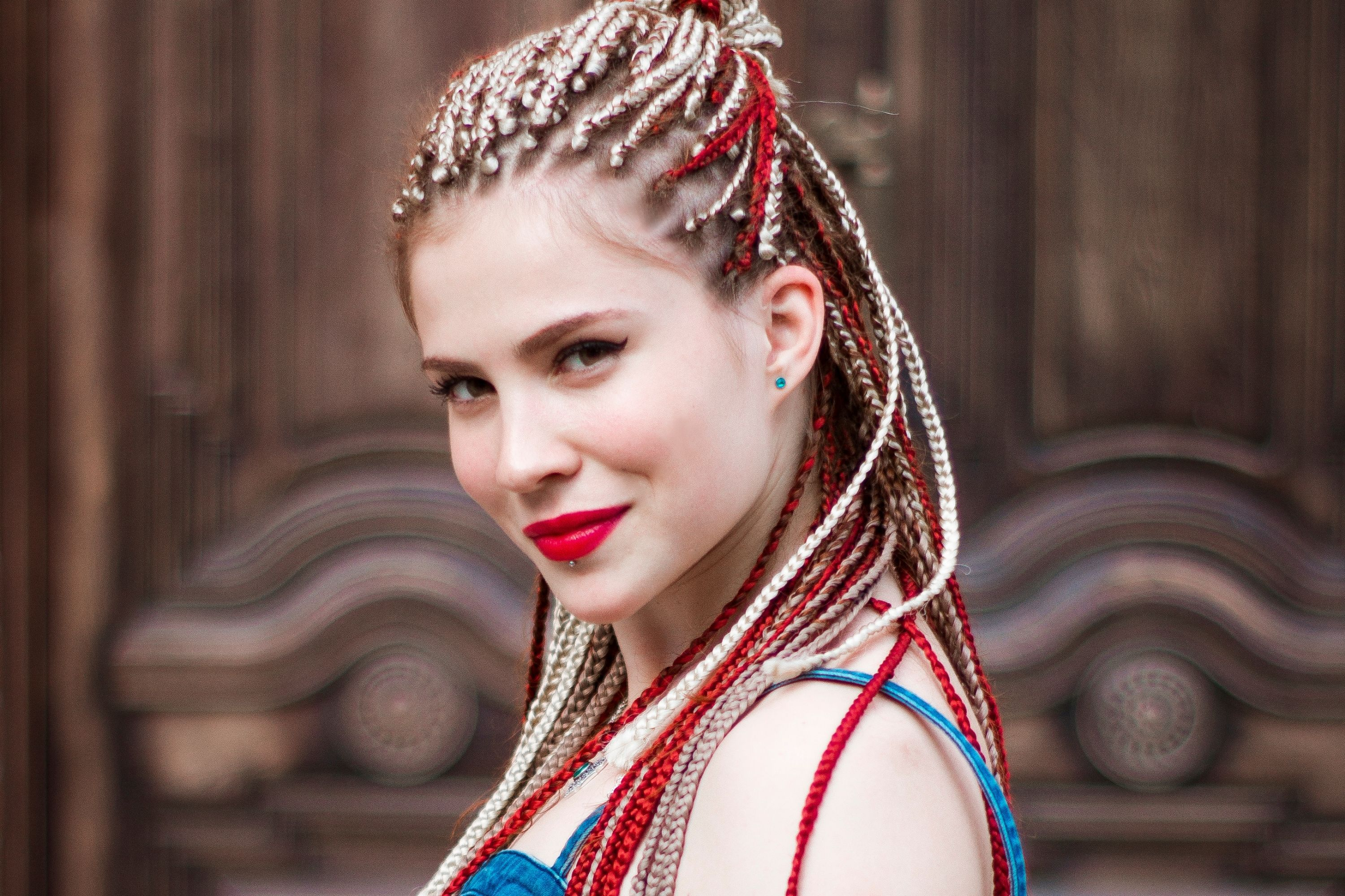 How to Get Rid Of Hair Buildup When Braids Are Still In