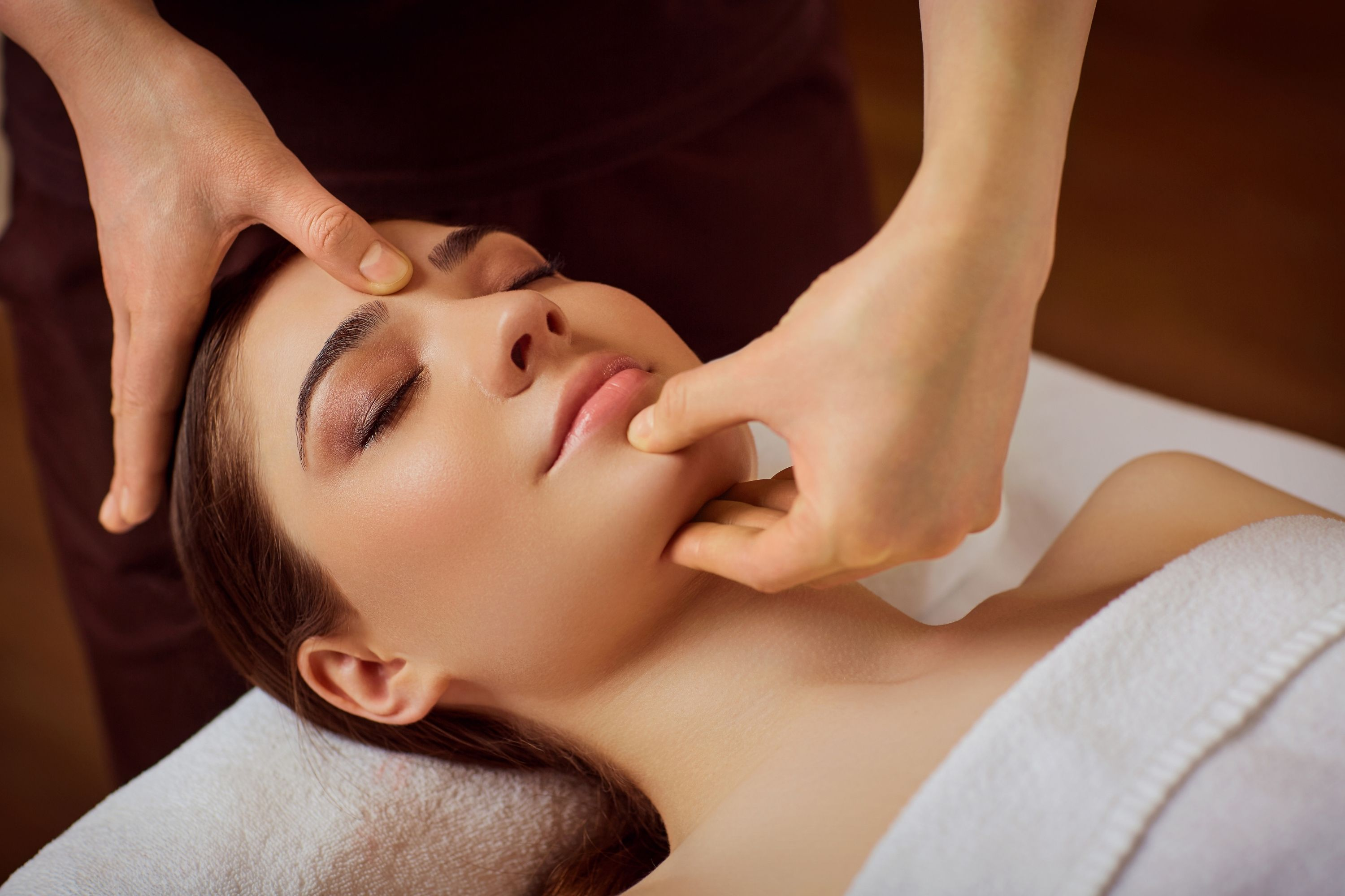 How to Get Rid Of Neck Wrinkles With Massage