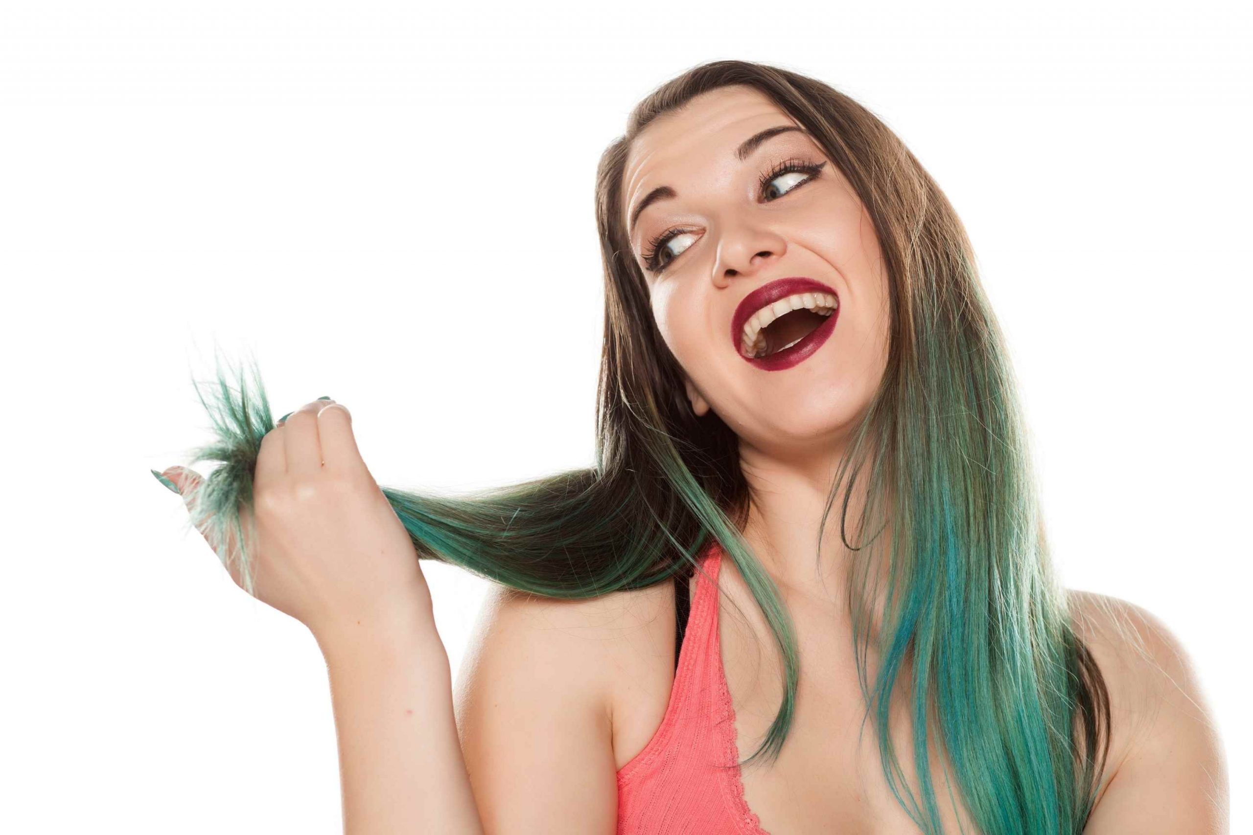 What Makes Your Locks Turn Green When Dying Blonde Hair Black